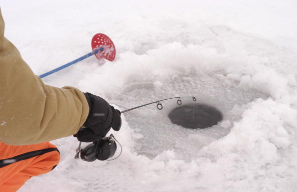 Lake ice conditions for duluth superior area fishing for Lake superior ice fishing