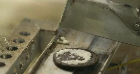 oreo splitting machine