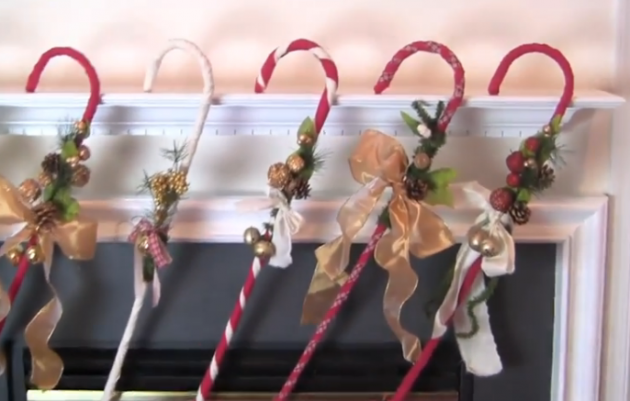 How To Decorate A Cane Interesting Gift This Easy To Make Adorable Diy Candy Cane Decoration Or Keep Design Inspiration