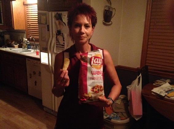 mango salsa chip review