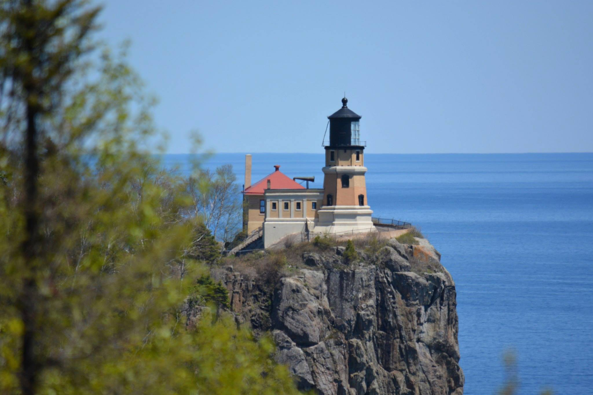 & Split Rock Lighthouse to Hold Edmund Fitzgerald Beacon Lighting azcodes.com