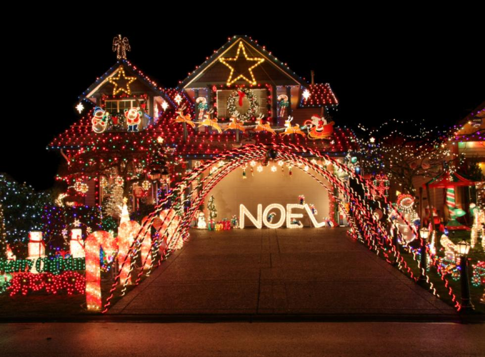 heres a great map to help you find the best christmas light displays in the northland